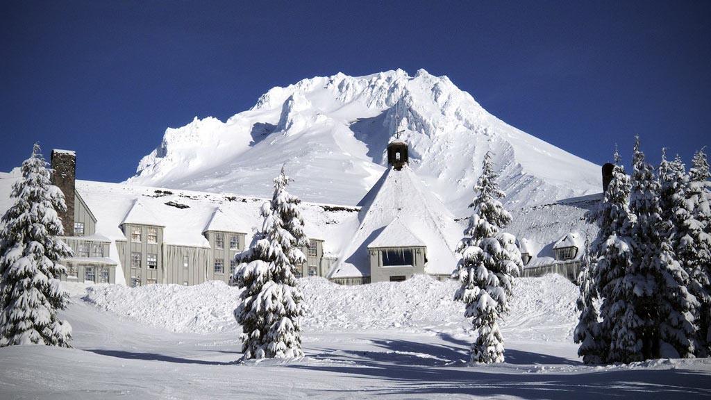 timberline-lodge-ski-tour
